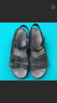 Mephisto two strap sandals size 10 fits like a 9-9.5 Nampa, 83687
