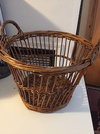 Wicker basket Surrey, V3R 5G6
