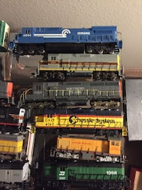 Assorted ho scale trains, locomotives, freight and passenger