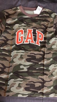 Brand New Gap kids top size 12/13 Year old Vaughan, L4L 6A9