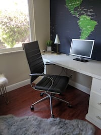 Office chairs, excellent condition.