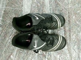 Nike soccer shoes, youth