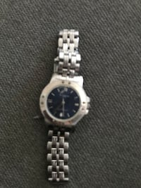 Kenneth Cole watch 6/10 condition pick up only Toronto, M6J 1E6