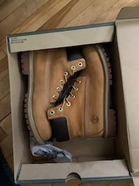 Wheat Timberland 6inch boots size 7Y