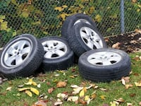 gray 5-spoke car wheel with tire set...205 70 r15 Innisfil, L9S 0A8