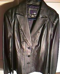 black leather 3-button jacket