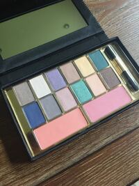 pink, brown, and green eyeshadow palette East St. Paul, R2E 0B1