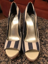Navy and white striped heels size 7