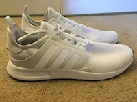 pair of white Adidas low-top sneakers Springfield, 22153