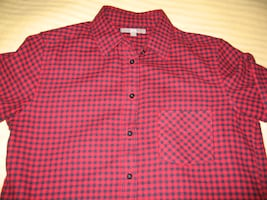 UNIQLO Black Red Check Long Sleeve Button Down Shirt