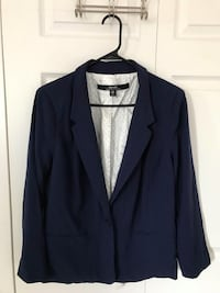 kenzie blazer size XL In excellent condition (pick up only) Alexandria, 22310