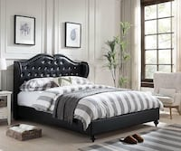Paradise Diamond Tufted Black Queen Platform Bed Houston