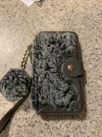 iPhone 7/8 wallet case furry, grey, great conditions