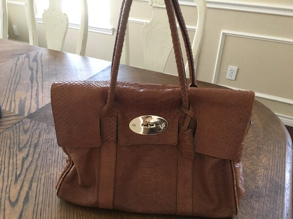 558fcc1332cd Used Mulberry Bayswater handbag for sale in McKinney - letgo