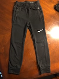Boys Nike - small therma dryfit joggers Cape Coral, 33909