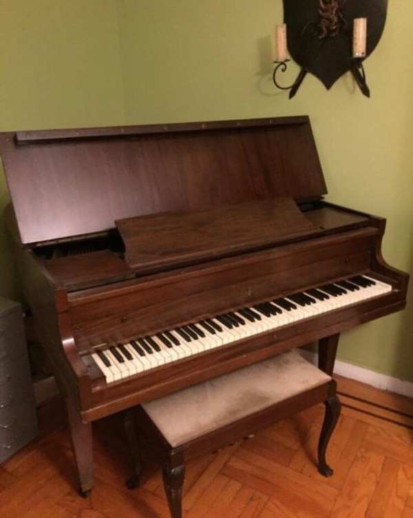 Used Brown Baby Grand Piano For Sale In New York Letgo