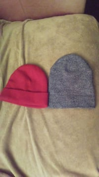 Just red available old navy toque beanie  Edmonton, T5E