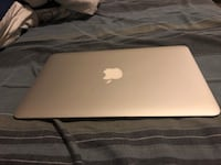 "SELLING 11"" MACBOOK AIR MINT CONDITION NEED IT GONE ASAP! Brampton, L6V"