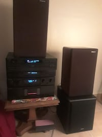 Kenwood stereo and speakers and subwoofer West Sacramento, 95691