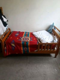 red and black bed frame Chillum, 20783