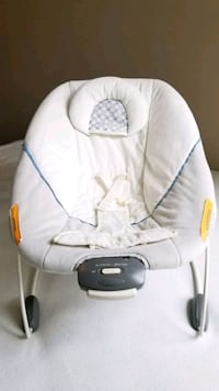 baby's white and gray bouncer Nashville, 37211