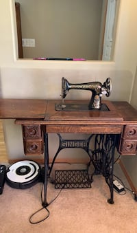 1930's Singer treadle sewing machine