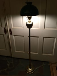 Brass floor lamp w/green glass shade Tallahassee, 32301