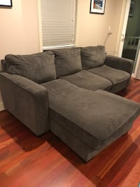 Chaise Sectional Sofa - charcoal gray Seattle, 98107