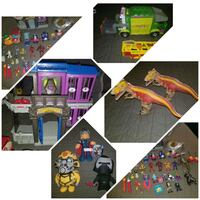 Toys very good condition $40  Bakersfield, 93309