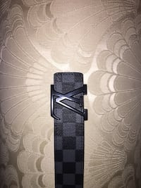 black and gray leather belt Mississauga, L5M 8A4