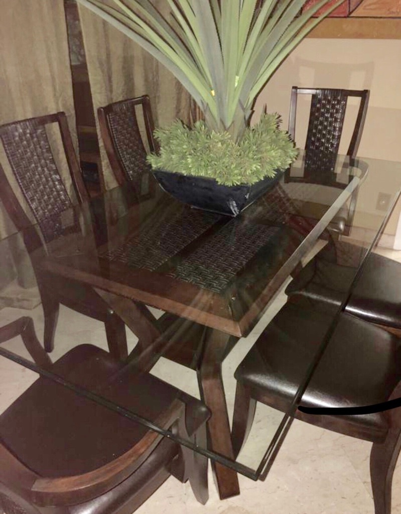 Used Rectangular Glass Top Table With Four Chairs Dining Set For Sale In  Miami   Letgo