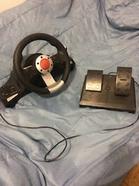 Playstation steering wheel and foot pedals kit Toronto, M3J 1K7