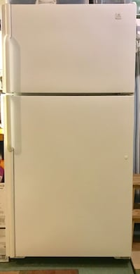 Maytag top refrigerator with ice maker Springfield, 22151