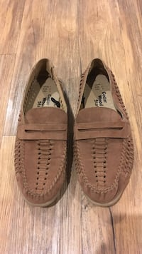 Mens brown cedar wood loafers  Bondi Junction, 2022