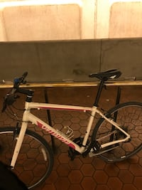 Real nice specialized bicycle  Clinton, 20735