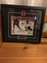 Authentic Jonathan Toews signed photograph Newmarket, L3X 1X9