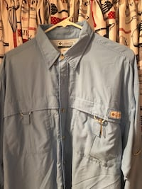 Blue size large vented outdoor shirt Ontario, 91764