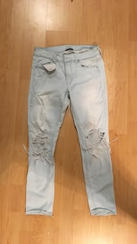 american eagle distressed jeans Central Okanagan, V1X