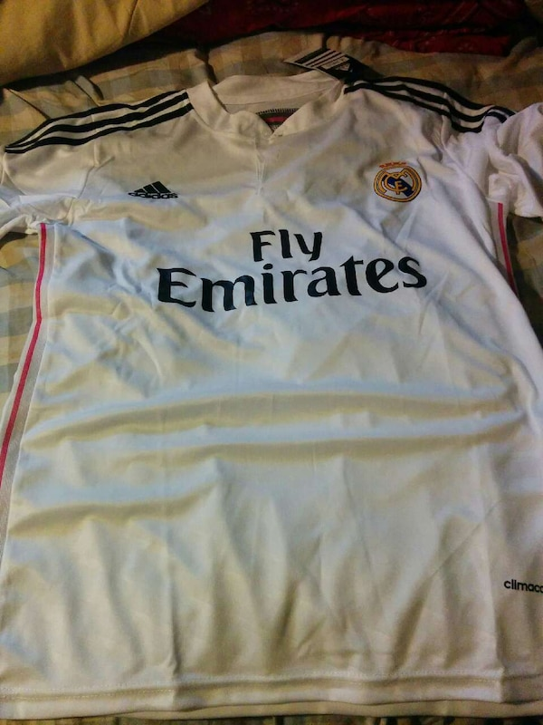 f1f8b6b1e6d Used white adidas fly emirates soccer jersey for sale in Ontario - letgo