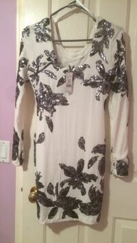 Xs dress from dynamite... perfect for parties. Brand new with tags attached Calgary, T3J 4R1