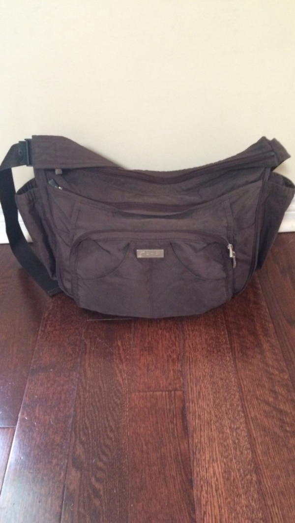 4a2134abcf202c Used Diaper Bag for sale in Toronto - letgo