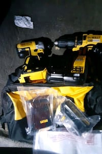 Dewalt drill and impact set worh 2 batteries and c