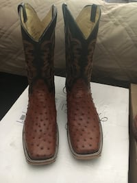 Genuine Ostrich leather boots new size 9.5 Cypress, 77429