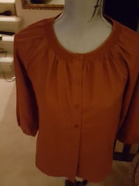 Women's blouse Burnaby, V5A 1J2