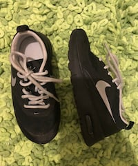 Boys size 11 Nike black air max Gwynn Oak, 21207