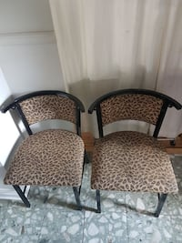 6 beautiful heavy metal chairs!  Montreal, H4H 2R4