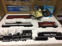 Black and gray train toy set Belvidere, 61008