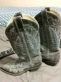 Blue Leather Canada West Ladies Cowgirl Boots Toronto, M6L 2N4