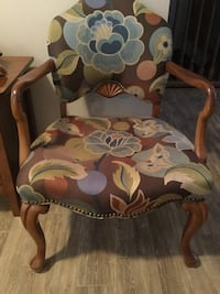 Vintage arm chairs for sale Middlesex Centre, N0M 2A0