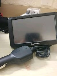 Garmin GPS with cigarette charger connection  Santa Ana